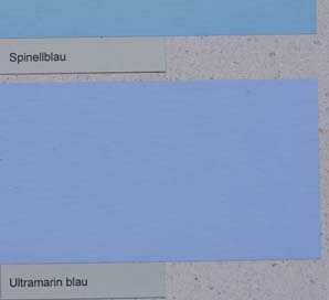 vega-wandfarbe-mit-ultramarin-blau